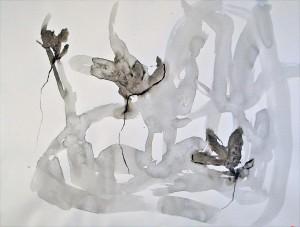 yö kukkii valkoisella digi4_vikavers